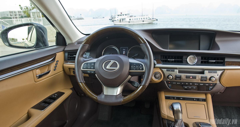 Lexus ES350 (65).jpg