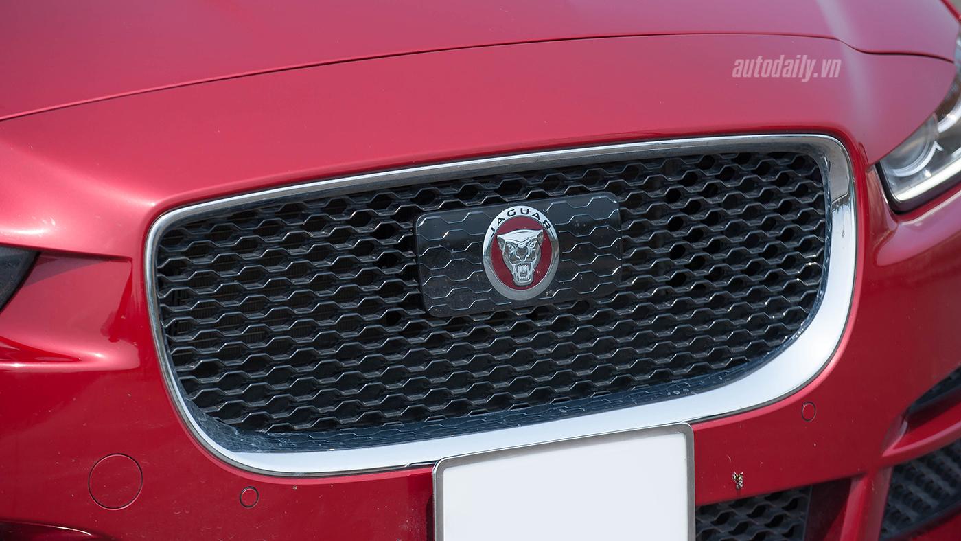 Jaguar XE Test Drive (8).jpg