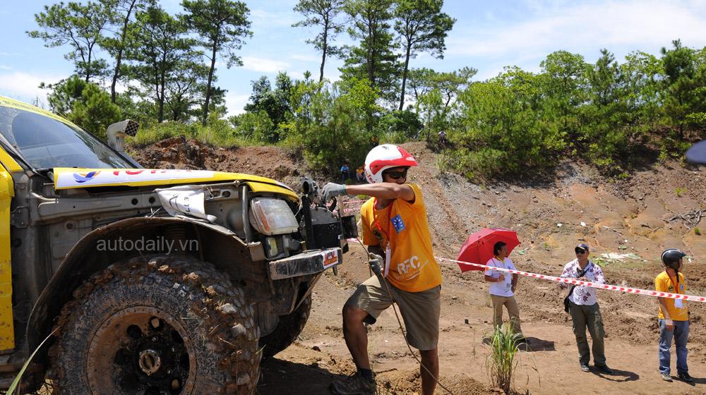 Giải đua ô tô địa hình quốc tế 'Rainforest Challenge VIETNAM 2014'