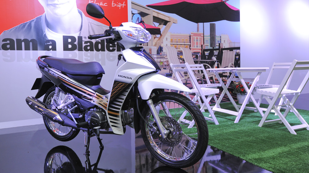 Honda Blade (tiêu chuẩn)