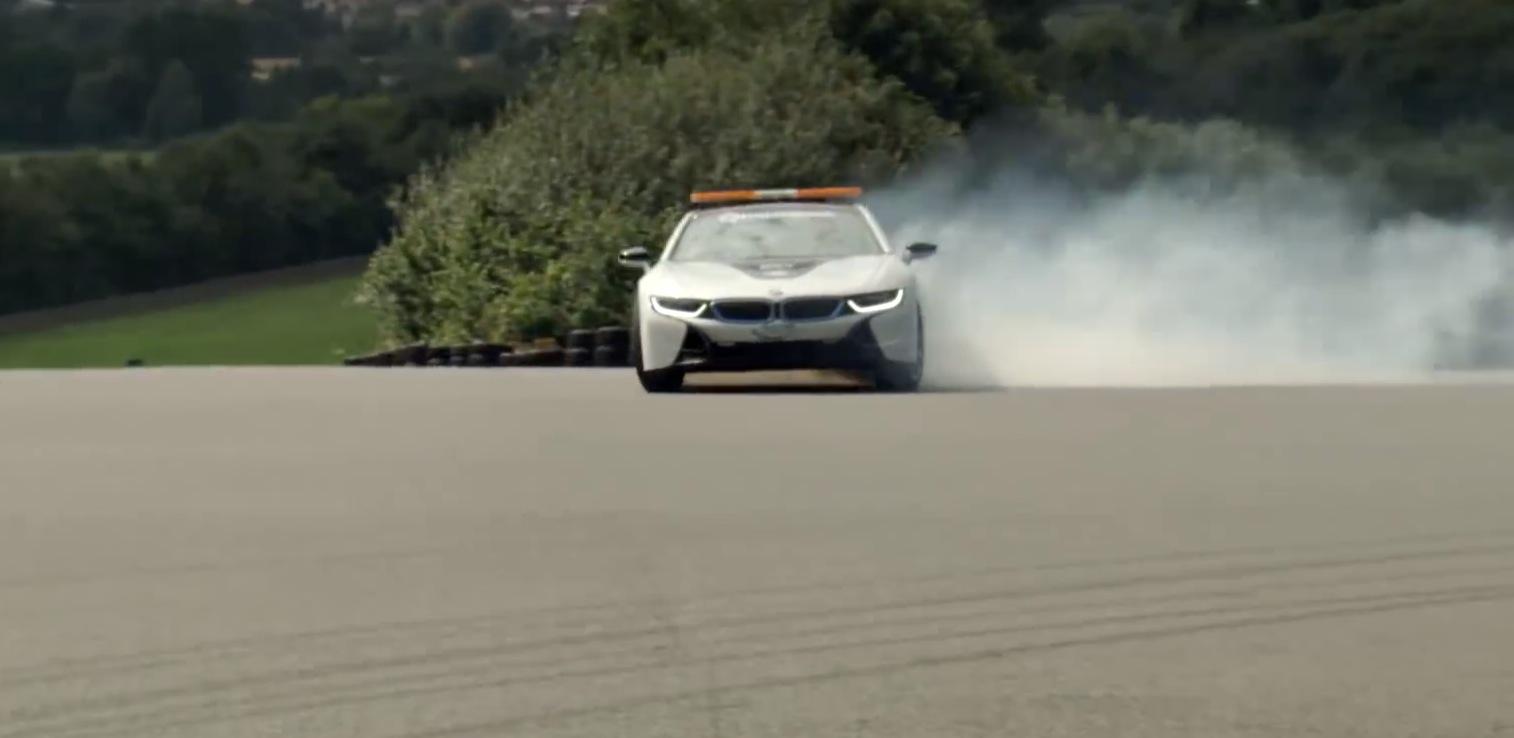 Xem siêu xe điện BMW i8 drift