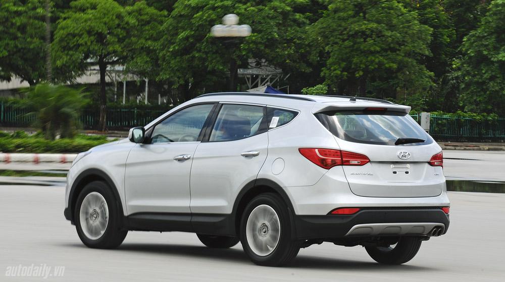Hyundai-Santafe-2014 (11).jpg
