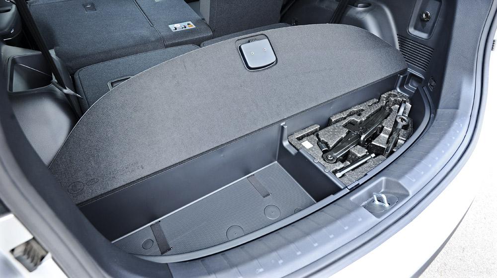 Hyundai-Santafe-2014 (60).jpg