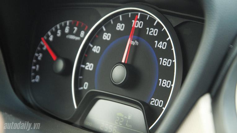 Hyundai-grand-i10 (36).jpg