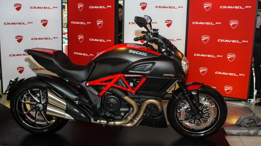 Ducati Diavel 2015 chính thức bán ra tại Việt Nam, giá từ 670 triệu đồng - 1