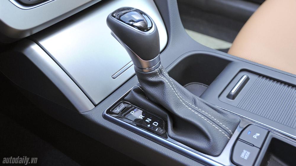 Hyundai Sonata 2014 (37).jpg