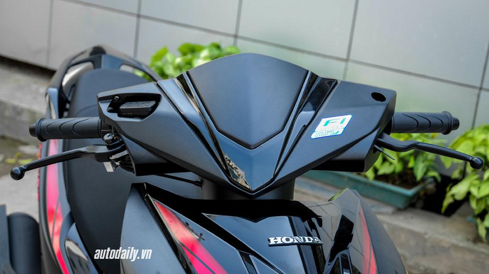 """Cận cảnh Honda Air Blade 125 Black Edition vừa """"lên kệ"""" - 3"""