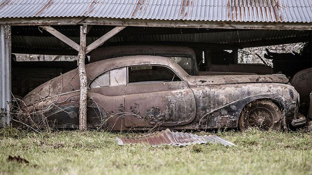 treasure-vintage-old-classic-cars-retromobile-france-roger-baillon-41.jpg