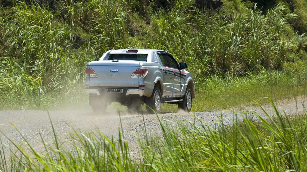 Mazda-BT50-2015-(35).jpg