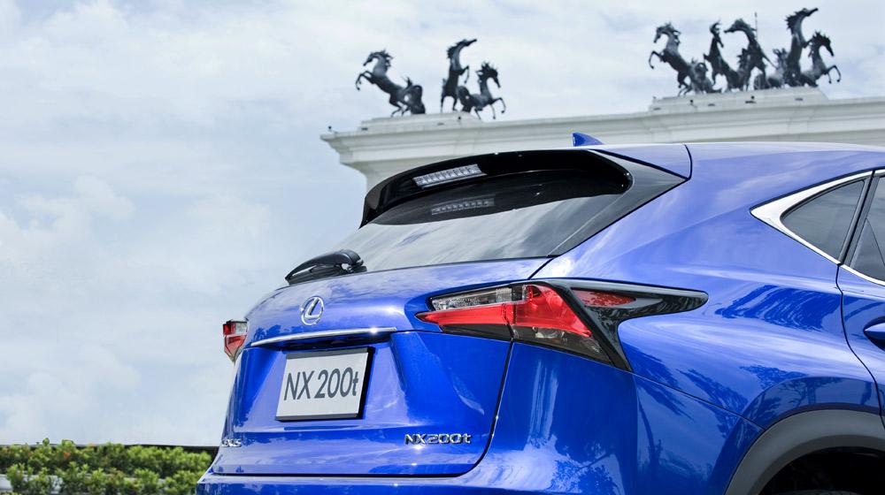 Lexus-NX-200t-donghoi (61).jpg