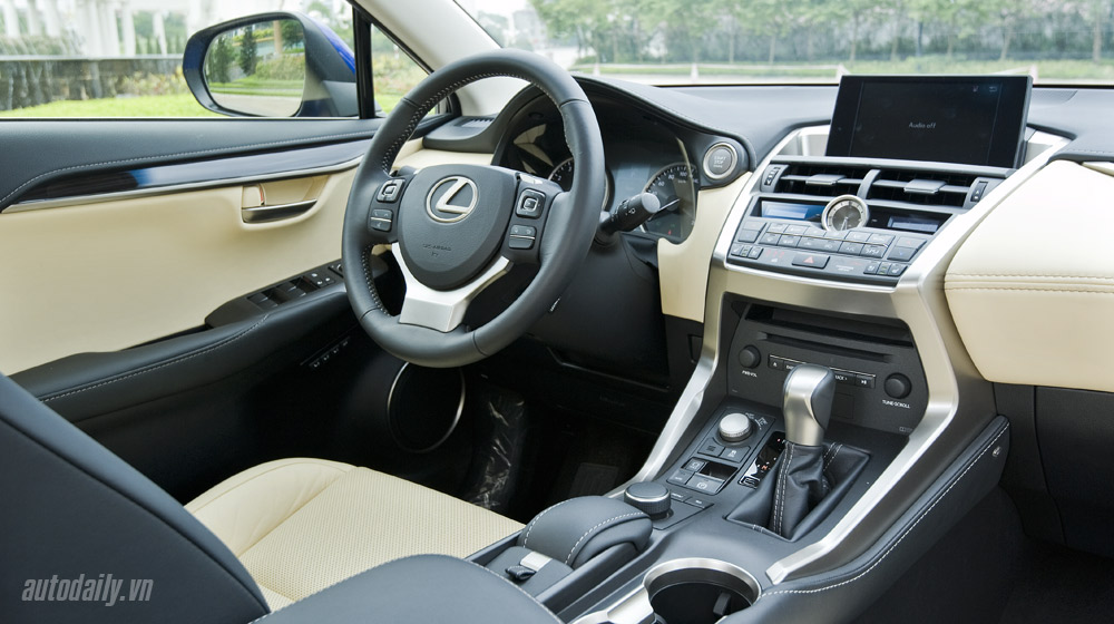 Lexus-NX-200t-donghoi (69).jpg