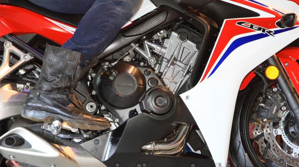 2015-Honda-CBR-650R-engine-launched-900x600.jpg