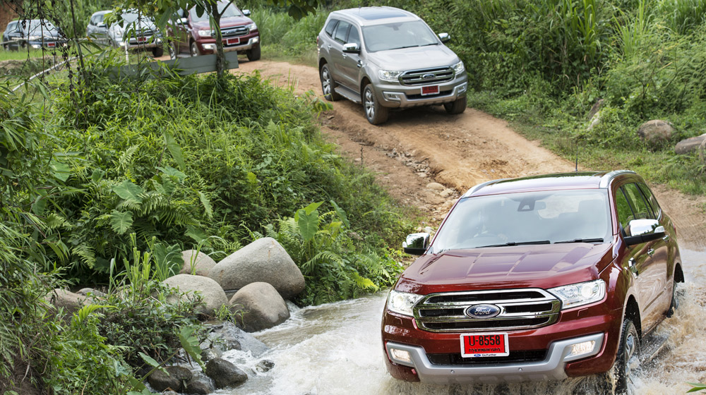 Ford-Everest-on-location-002.jpg