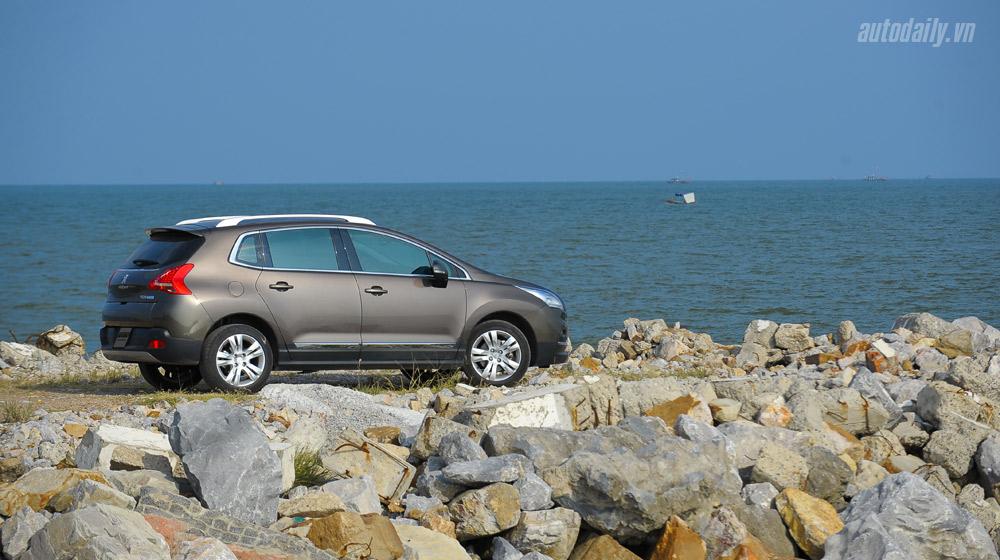 Peugeot 3008 _02.jpg
