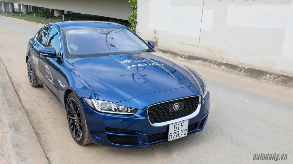 Jaguar_XF_Porfolio (28).jpg