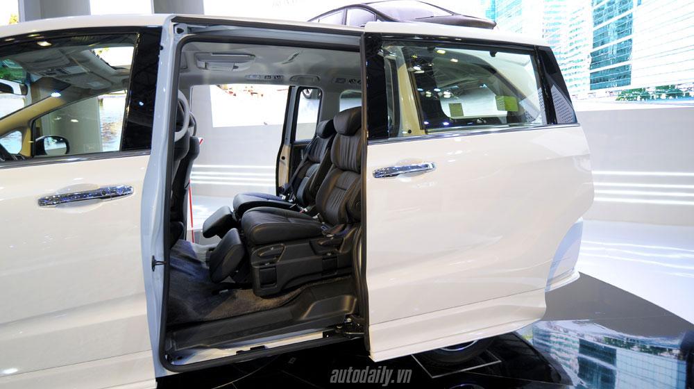 honda-odyssey-vms-2015 (9).jpg Kia Sedona Kia Sedona và Honda Odyssey - cuộc đua phân khúc Minivan honda odyssey vms 2015 20 9