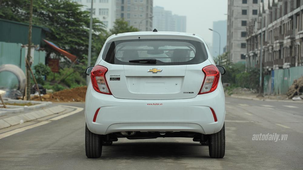 Chevrolet Spark 2016 (8).jpg Chevrolet Spark van 2016 Đánh giá xe Chevrolet Spark Van 2016 tại Việt Nam Chevrolet 20Spark 202016 20 8