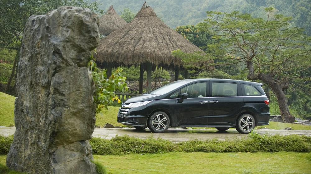 Honda Odyssey 2016 (2).jpg