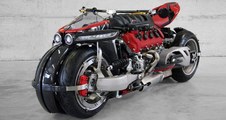 Siêu môtô Lazareth LM847 dùng động cơ ôtô V8 4.7L on