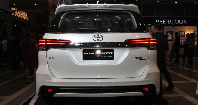 Toyota Fortuner TRD Sportivo 2016 Toyota Fortuner TRD Sportivo 2016 chính thức ra mắt Fortuner 20TRD 20 14
