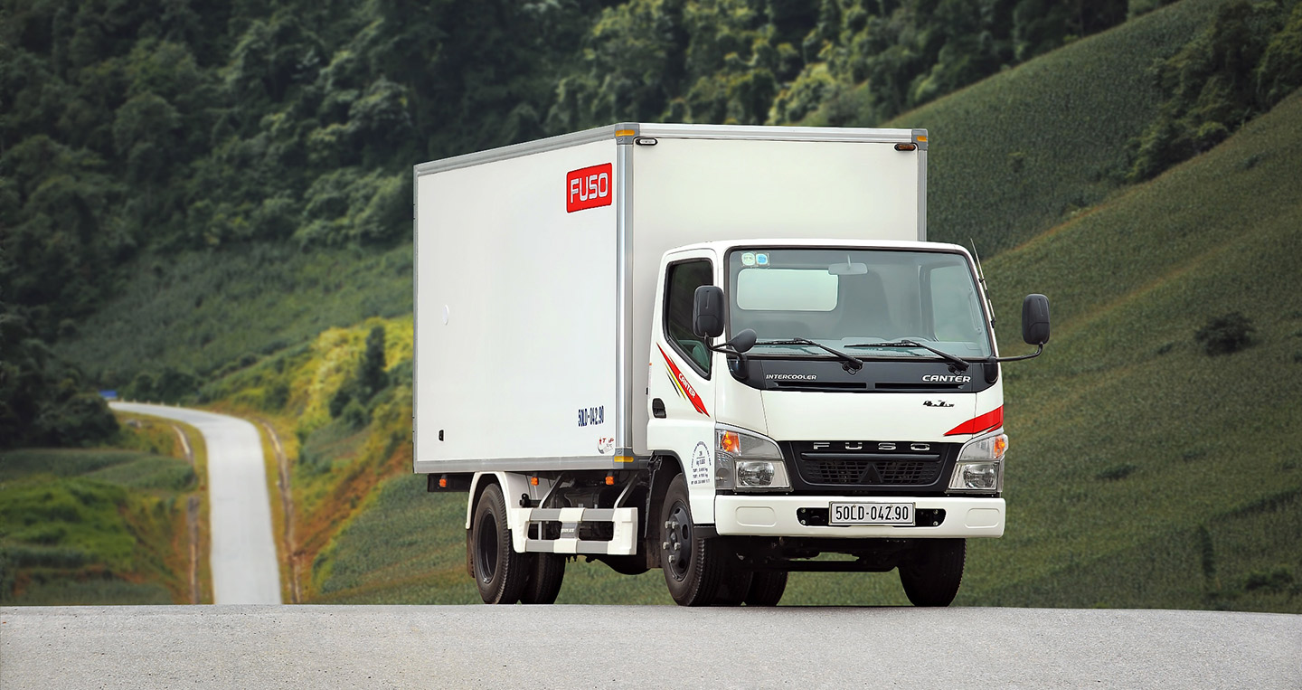 FUSO-Canter-4.7-.jpg