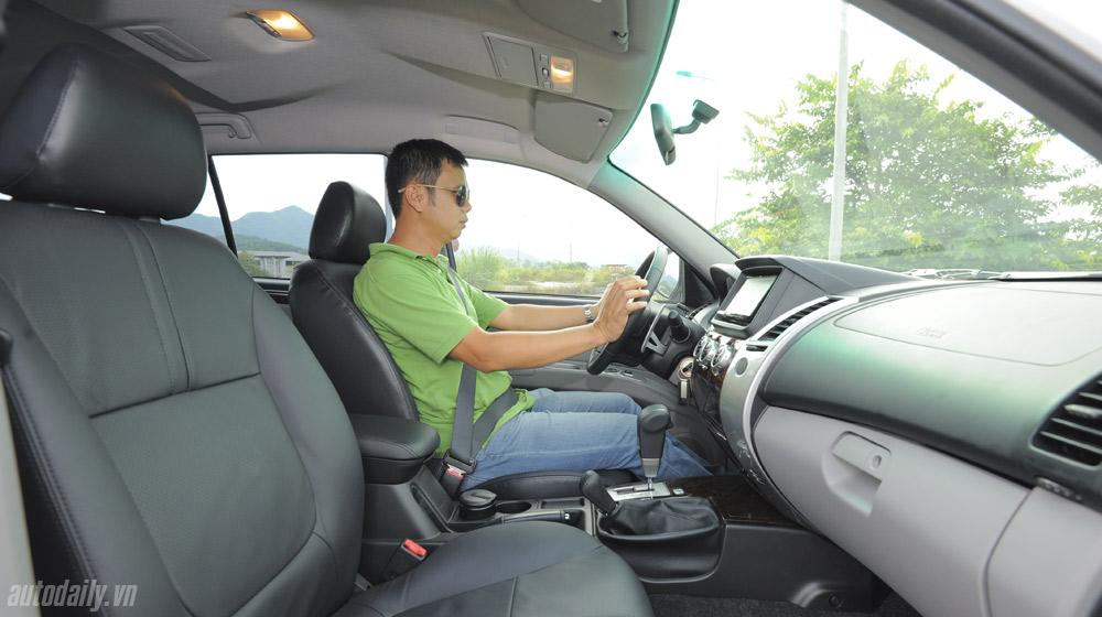 Ảnh chi tiết Mitsubishi Pajero Sport AT 4x4 2014
