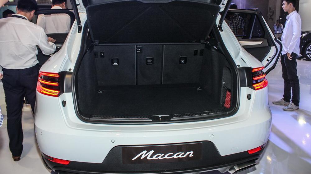 Porsche Macan vừa ra mắt tại Việt Nam