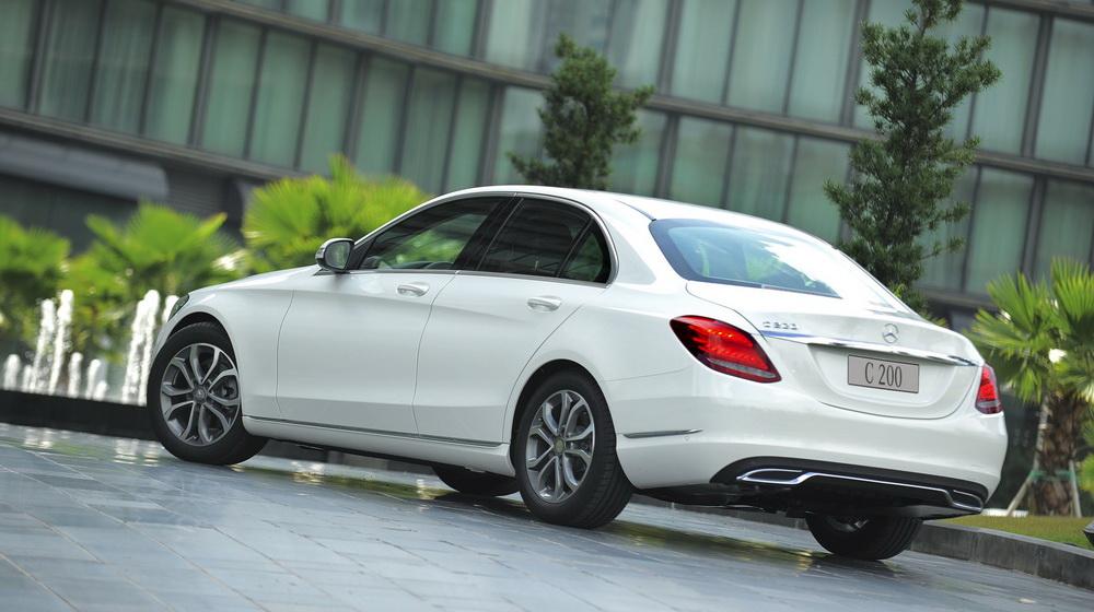 Cận cảnh Mercedes-Benz C200 2015 tại Việt Nam