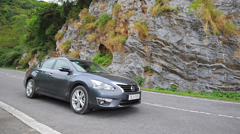 Nissan Teana 2.5SL - Hành trình Cát Bà