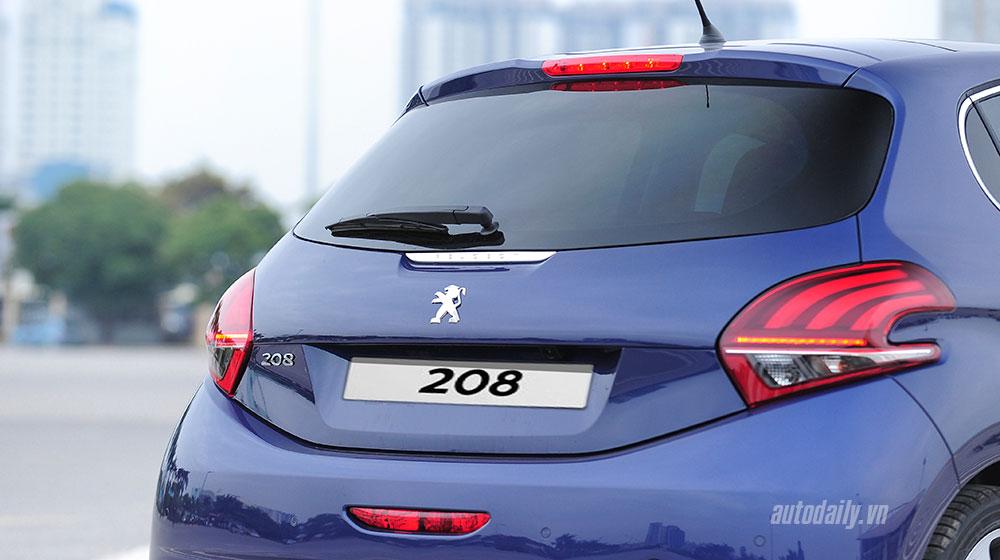 """Peugeot 208 – """"Xế"""" nhỏ đẳng cấp châu Âu"""