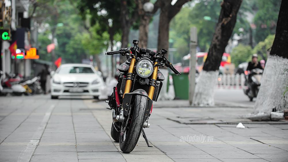 Ducati 1199 Panigale S Cafe Racer Custom.