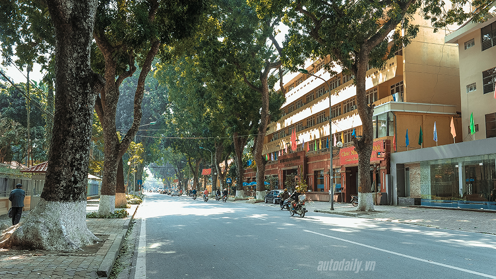 Phố phường Hà Nội trong ngày đầu năm