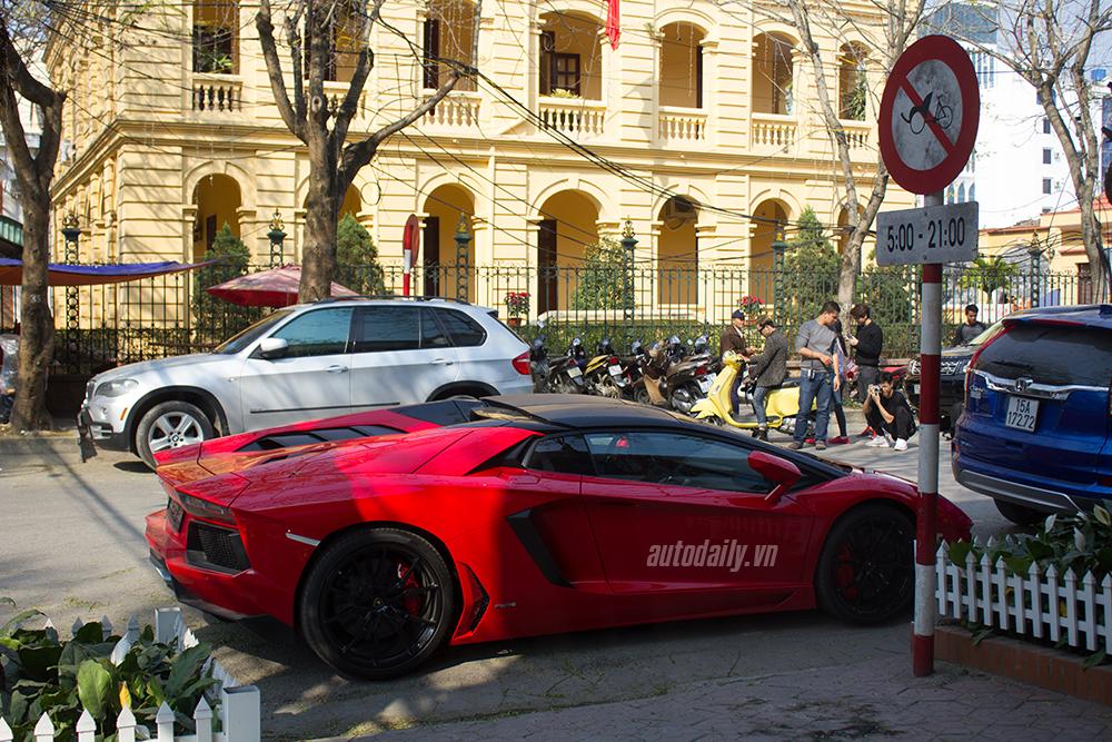 Lamborghini Aventador Roadster dạo phố Hải Phòng